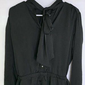 Ann Taylor Black Pussy Bow Romper Size Small